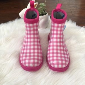 163548bb91fc Muck Boots Shoes - Muck Boots • Pink Gingham Breezy Ankle Boot
